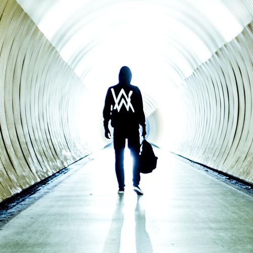 ALAN WALKER: Faded